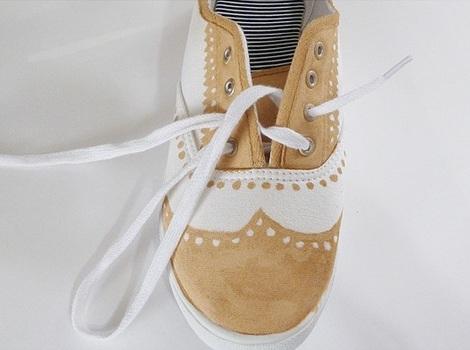 pintar tus zapatillas cordones