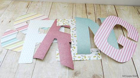 Letras decorativas de papel
