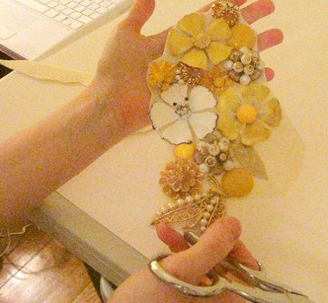 collar flores casero cortar