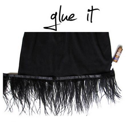 pegar plumas falda fiesta