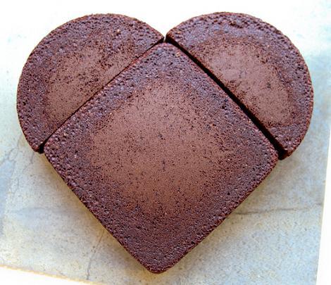 como hacer tarta con forma de corazon