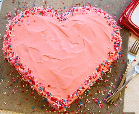 como-hacer-una-tarta-con-forma-de-corazon