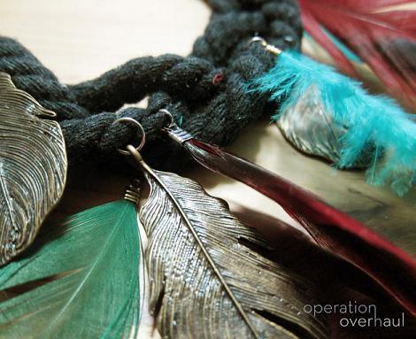 hacer-collar-de-plumas-6