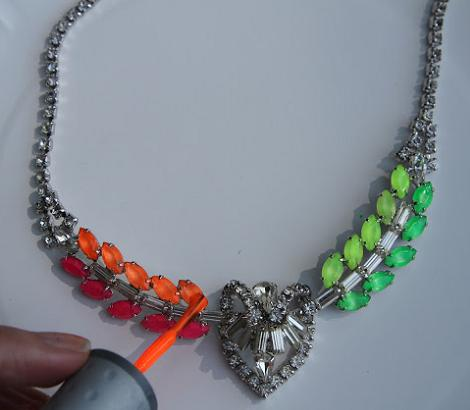 hacer-collares-neon4