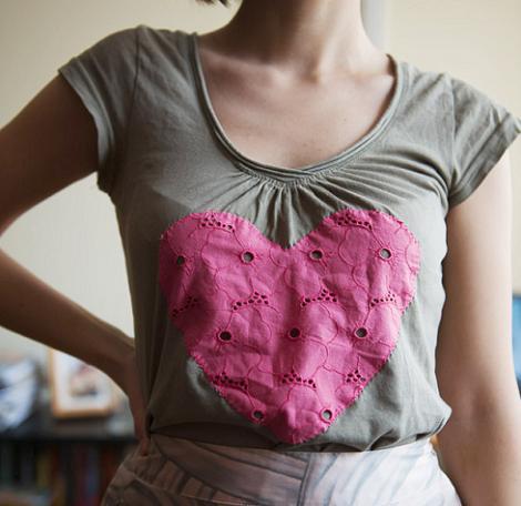 Decorar camiseta con tela