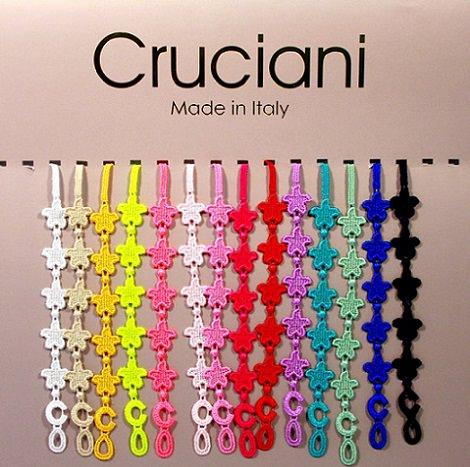 pulseras cruciani de colores